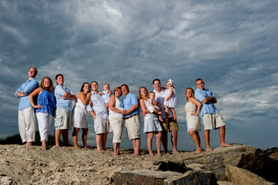 Large family portrait session on the beach